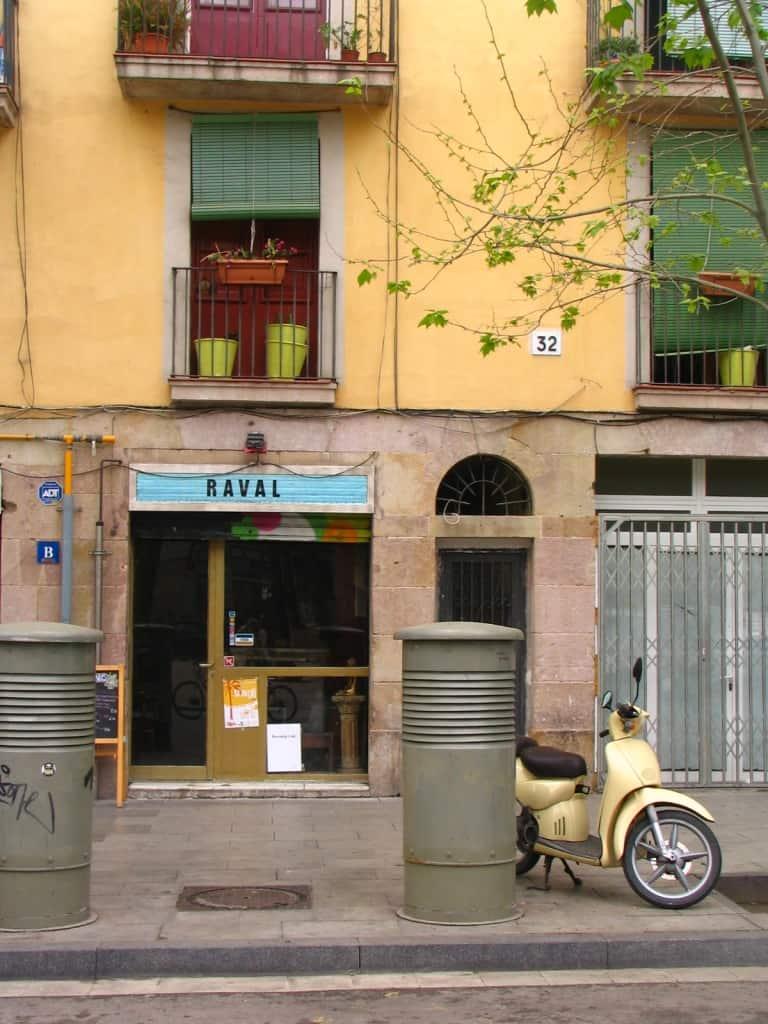 רובעRaval הצבעוני בברצלונה