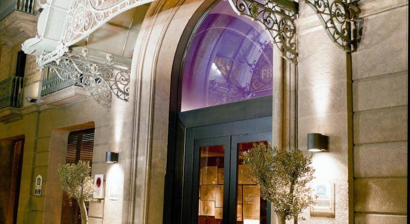 מלון רגינה | Regina Hotel – ברצלונה