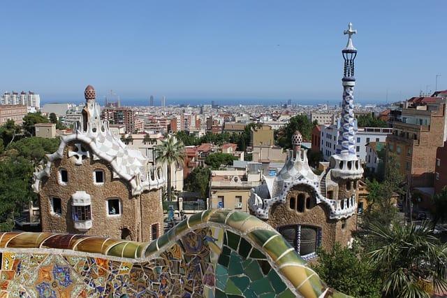 הנוף מפארק גואל Parc Guell ברצלונה